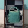 Blue Bag in old drawer「引き出しの中の思い出の古い鞄」/前田篤志